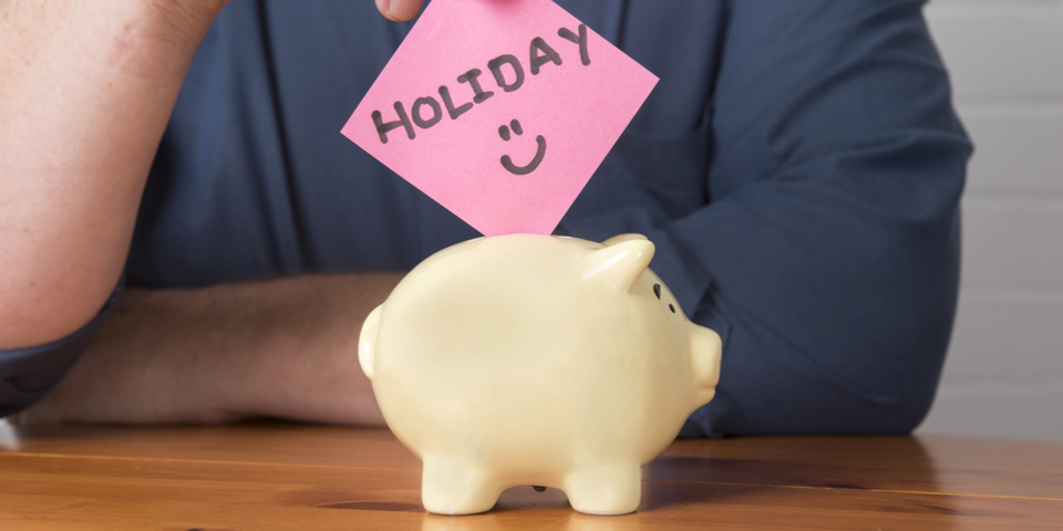 4 Money Tips to Help You Manage Your Holiday Spending