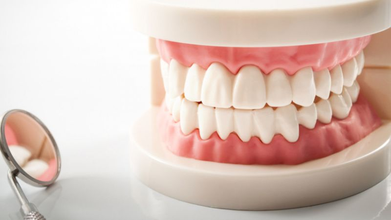 The Pros and Cons of Dentures