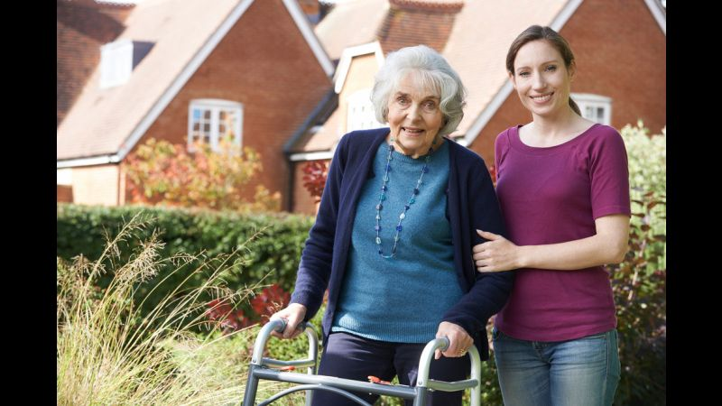 5 Ways Caregivers Can Help Their Elderly Loved Ones Prevent Falls